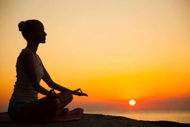meditação no tratamento para dependentes químicos