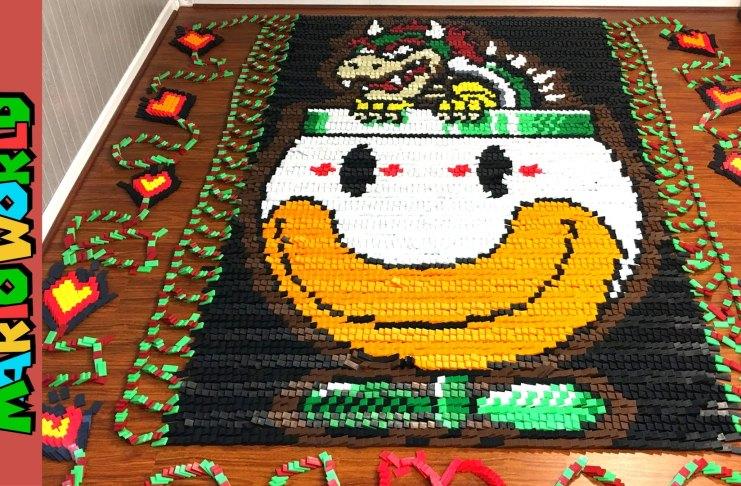 Super Mario World construido con 81032 Dominos