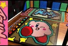 Kirby construido con 23613 dominós