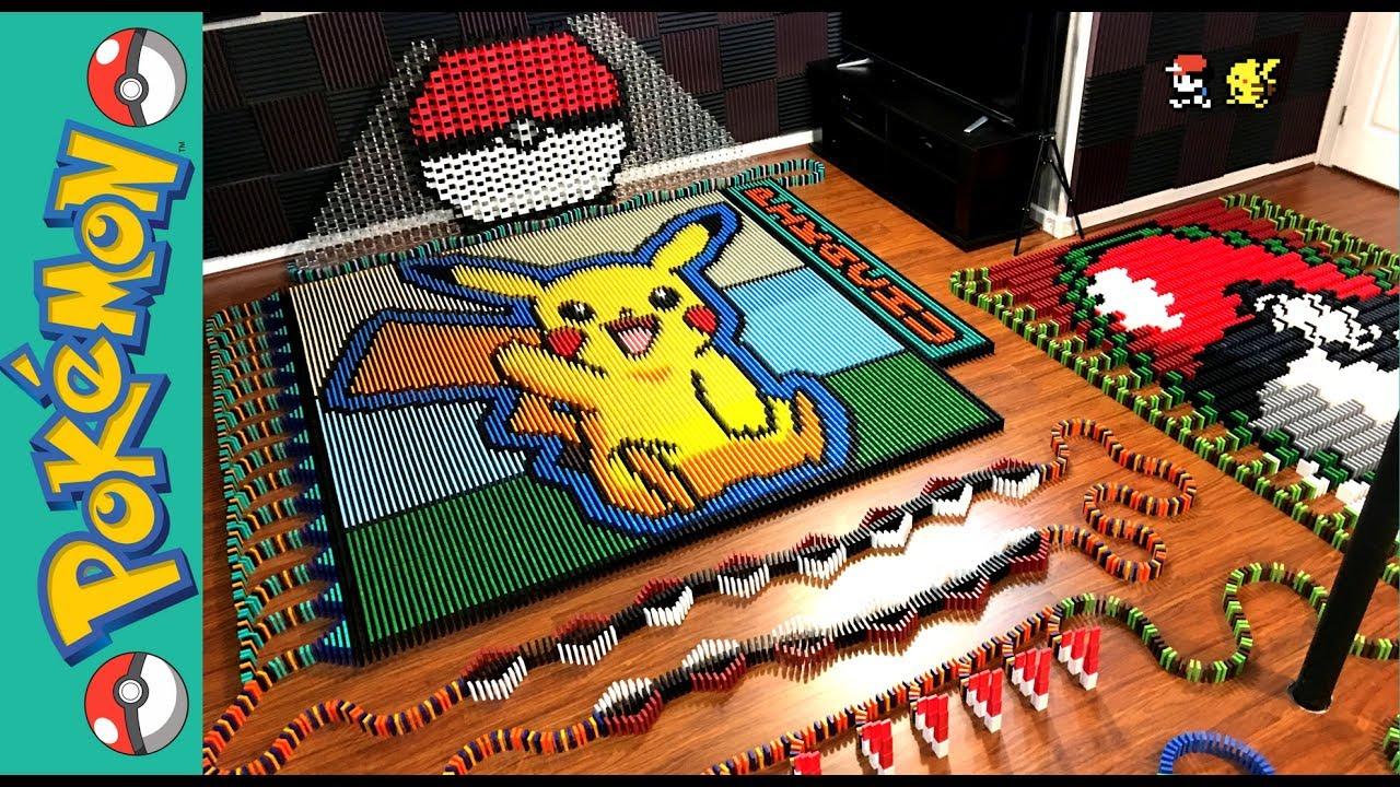 Pikachu construido con 22177 dominós