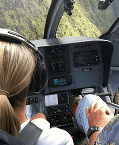 helicopter-flight-training-r22-r44-1050x600