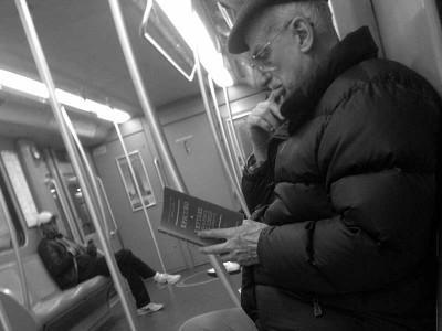 leggendo-metro-3