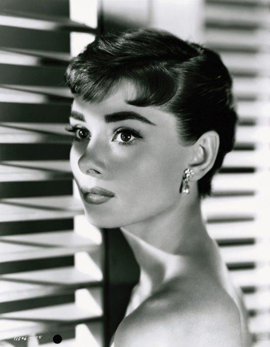 36_Audrey-Hepburn-1954©JKF