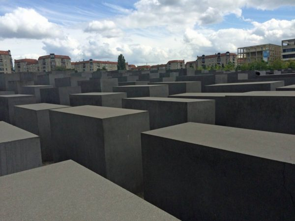 memoriale-olocausto-1
