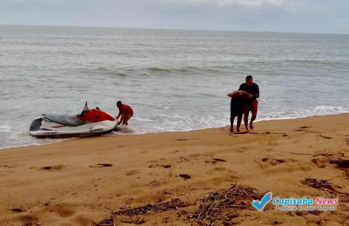 Fugiu a nado e foi preso em alto mar em Itapemirim