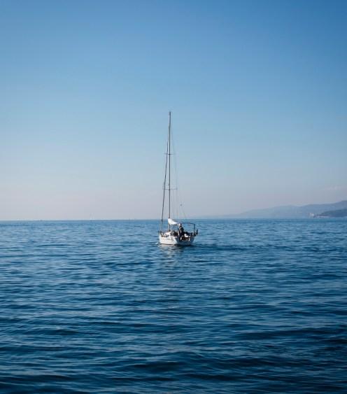 Segelboot im Hafen von Triest | lacapocuoca.at