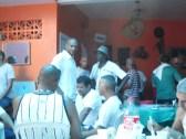 Festa na casa de mestre Alcides, com a presença de mestre Maurão, do grupo Mandinga. 2013.
