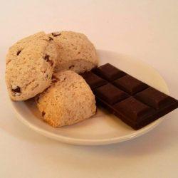 Biscotti con gocce di cioccolato3€/sacchetto