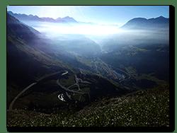 Aprilia Caponord ETV1000 Rally-Raid - morning haze ... Gottardo