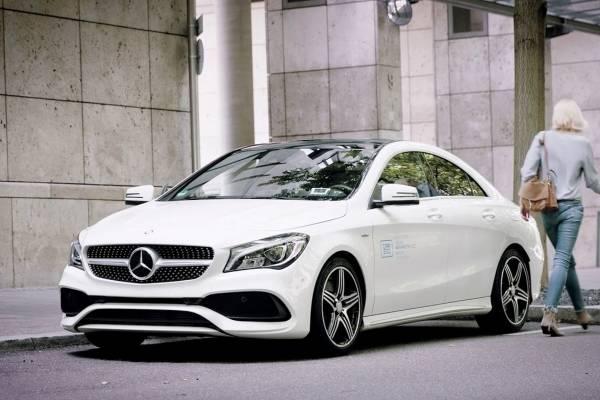 Smart y autos Mercedes son robados en Chicago a través de Car2Go