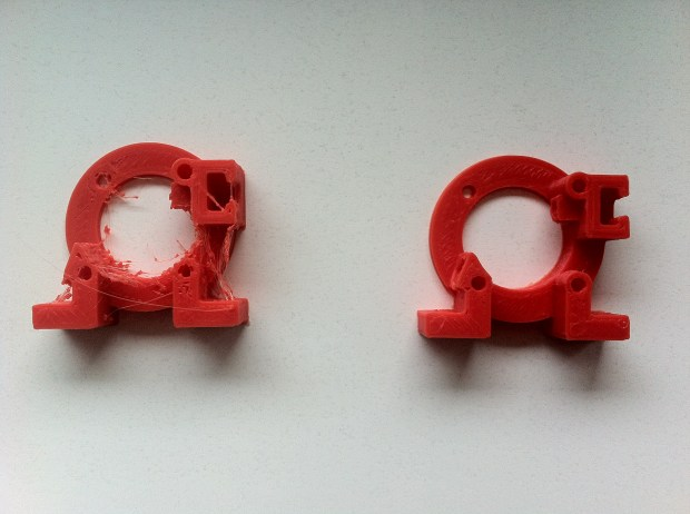 Left: w/o retraction Right: with retraction (1mm)