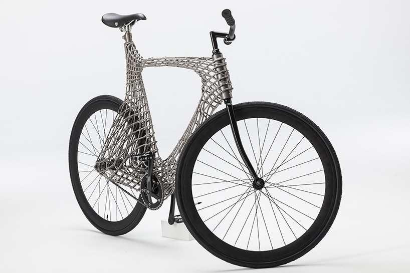 TU-delft-arc-bicycle-MX3D-designboom-02-818x545