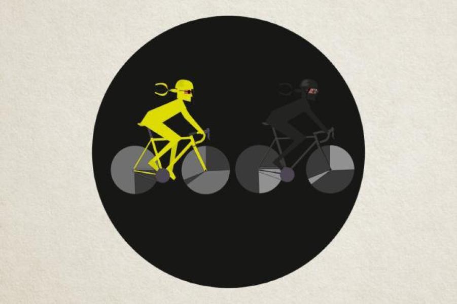 black_cycling_kit