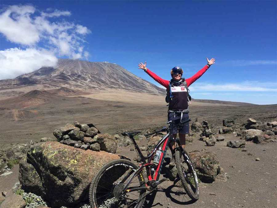 Rebecca-Rusch-Patrick-Sweeney-Mountain-Biking-Kilimanjaro