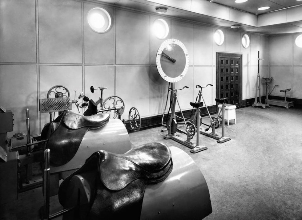 First-Class-Gyms-on-the-Titanic-14