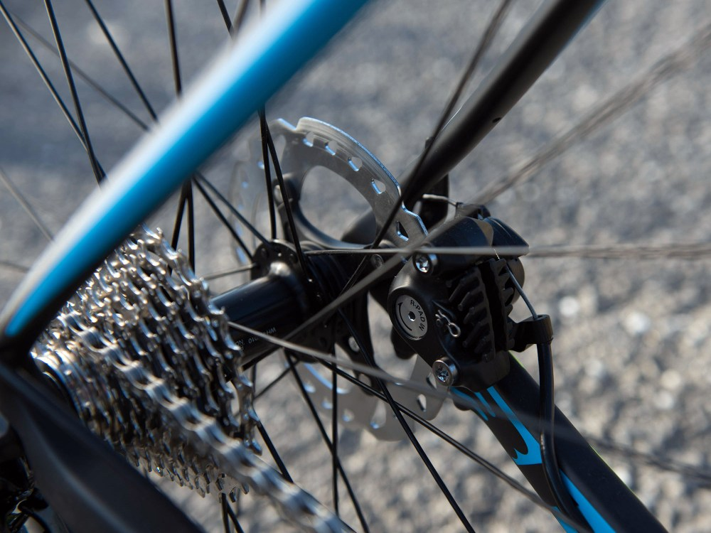 bh_fusion-disc_affordable-carbon-disc-brake-endurance-road-bike_flat-mount-shimano-mechanical-rear
