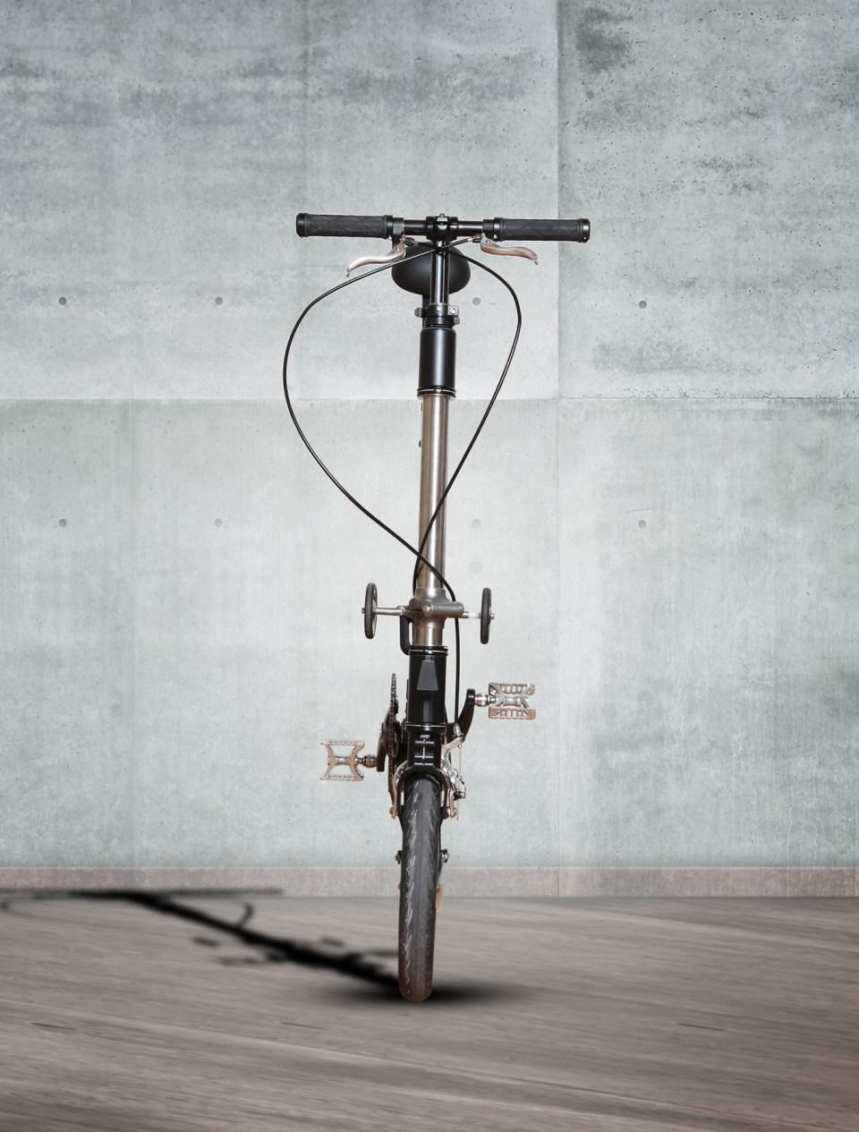 kwiggle-bike-world-smallest-folding-bicycle-5-1360x1793