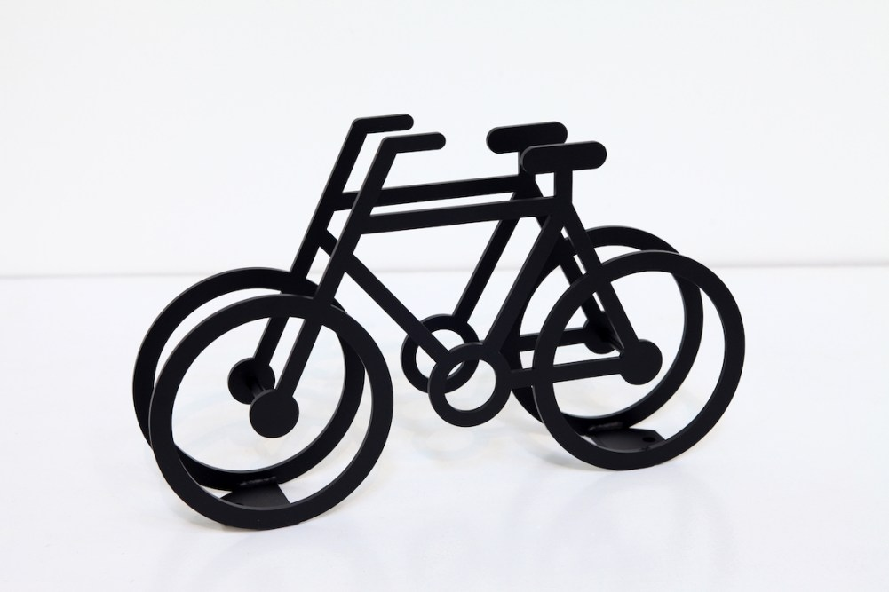 on-bicycle-stand-yuma_kano_urbancycling_6
