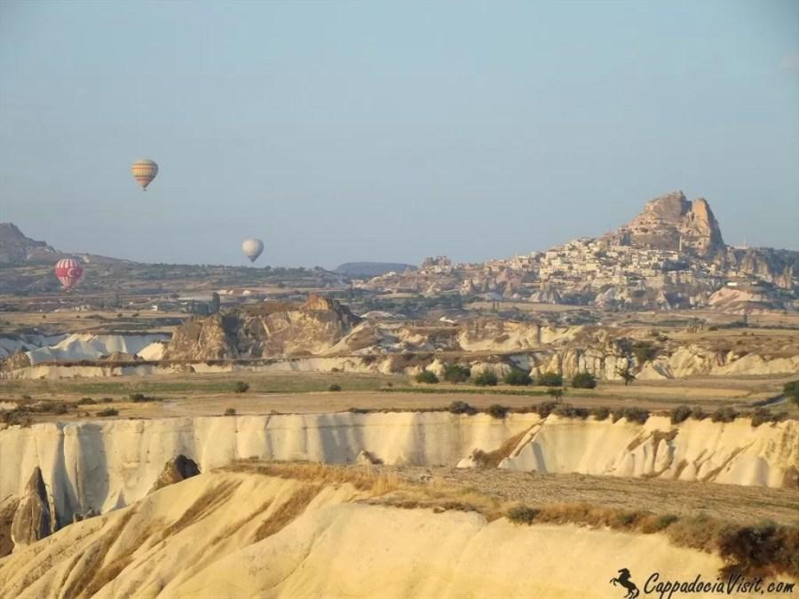 Крепость Учхисар и воздушные шары