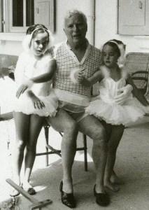 Jacqueline Chaplin y su padre