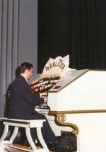 John Giacchi (Vic) Theatre Organ Concert