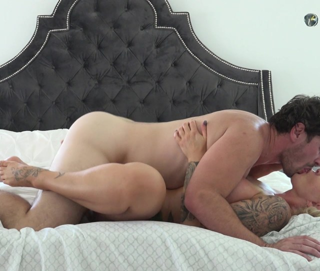 Thick Busty Big Assed Swinger Ryan Conner Passionately Rides Stud Manuel Ferrara And Gets Her Huge Ass Well Fucked