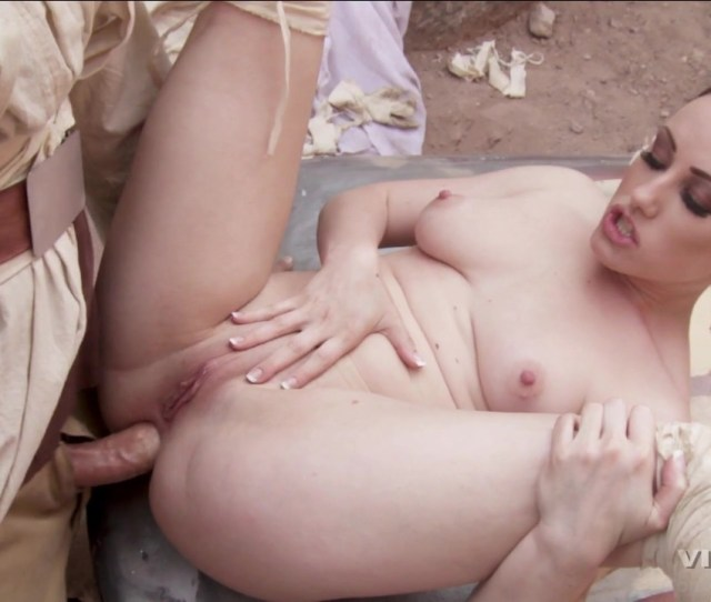 Free Video Preview Image 6 From Star Wars Xxx A Porn Parody