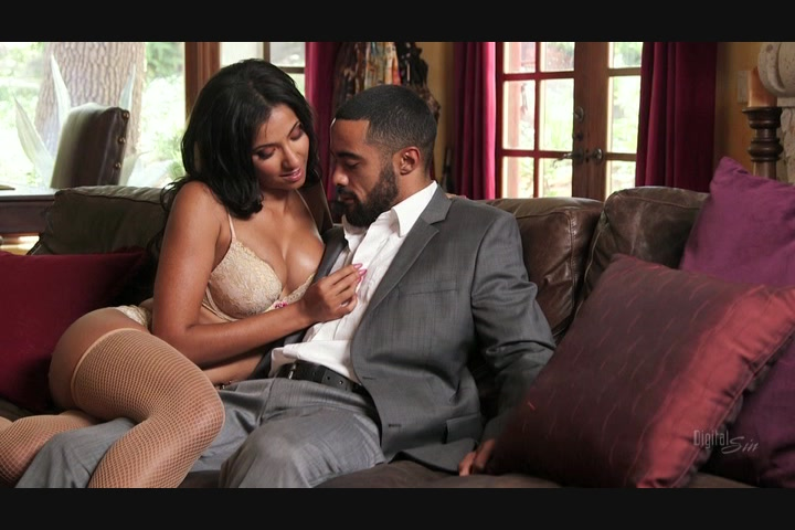 Black Beauty Fucks Her Man on the Couch Starring: Sadie Santana