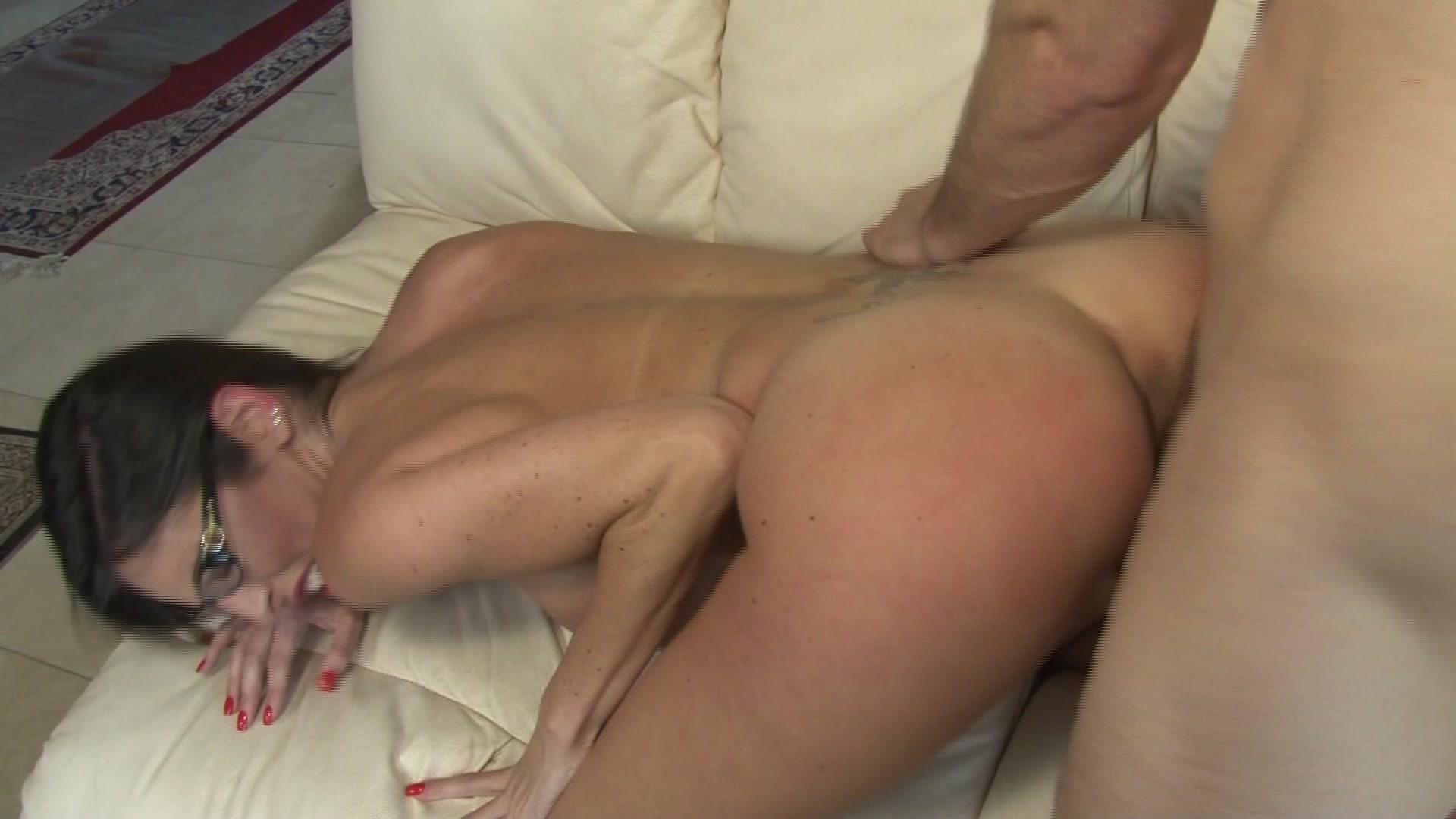 Brunette Babe Dava Foxx Loves His Huge Boner