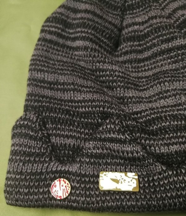 In stock Jughead Jones Riverdale Cosplay Beanie Hat Hot Topic Exclusive Crown Knitted Cap 3