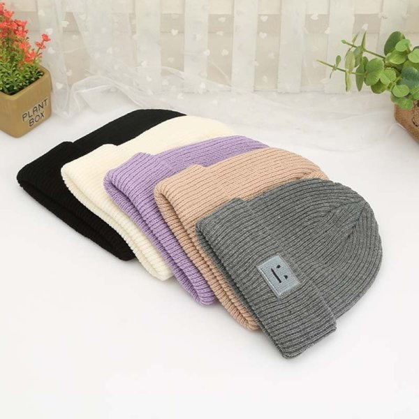 Korean New Hat Autumn Winter Fashion Warm knit Cap British Style Smiley Head Casual Knitted Cap For Women Outdoors Headwear 4