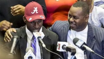 Rashaan Evans and his father at his announcement