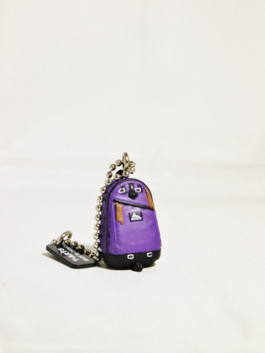gregory-miniature_mascot-day_pack-purple-11