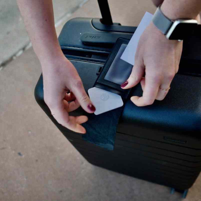 away-suitcase-review-tile