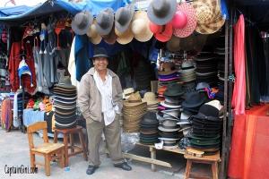 Otavalo_Market_5