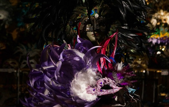 purple feathered masque