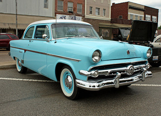 1954 Ford Customline 2-Door Sedan (4 of 13)