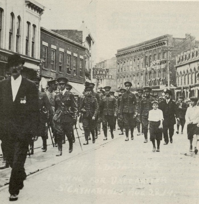 44th Field Battery leaving for Valcartier (Quebec) (from) St. Catharines, August 22, 1914