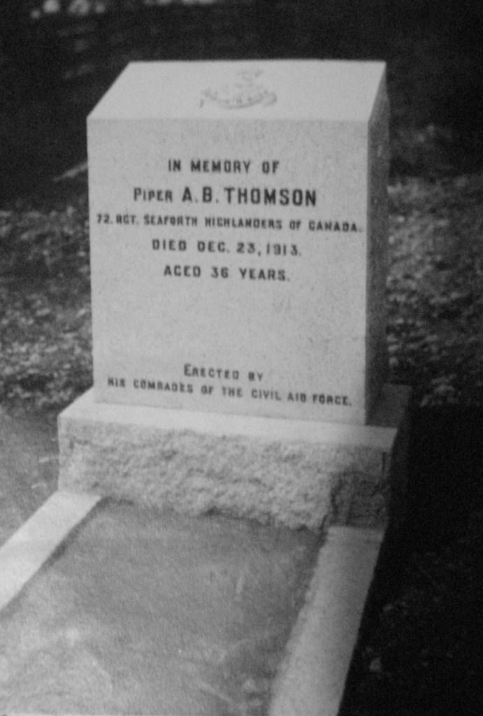Grave of Piper A B Thomson 72 Regt died Dec 23 1913 Civil Aid Force