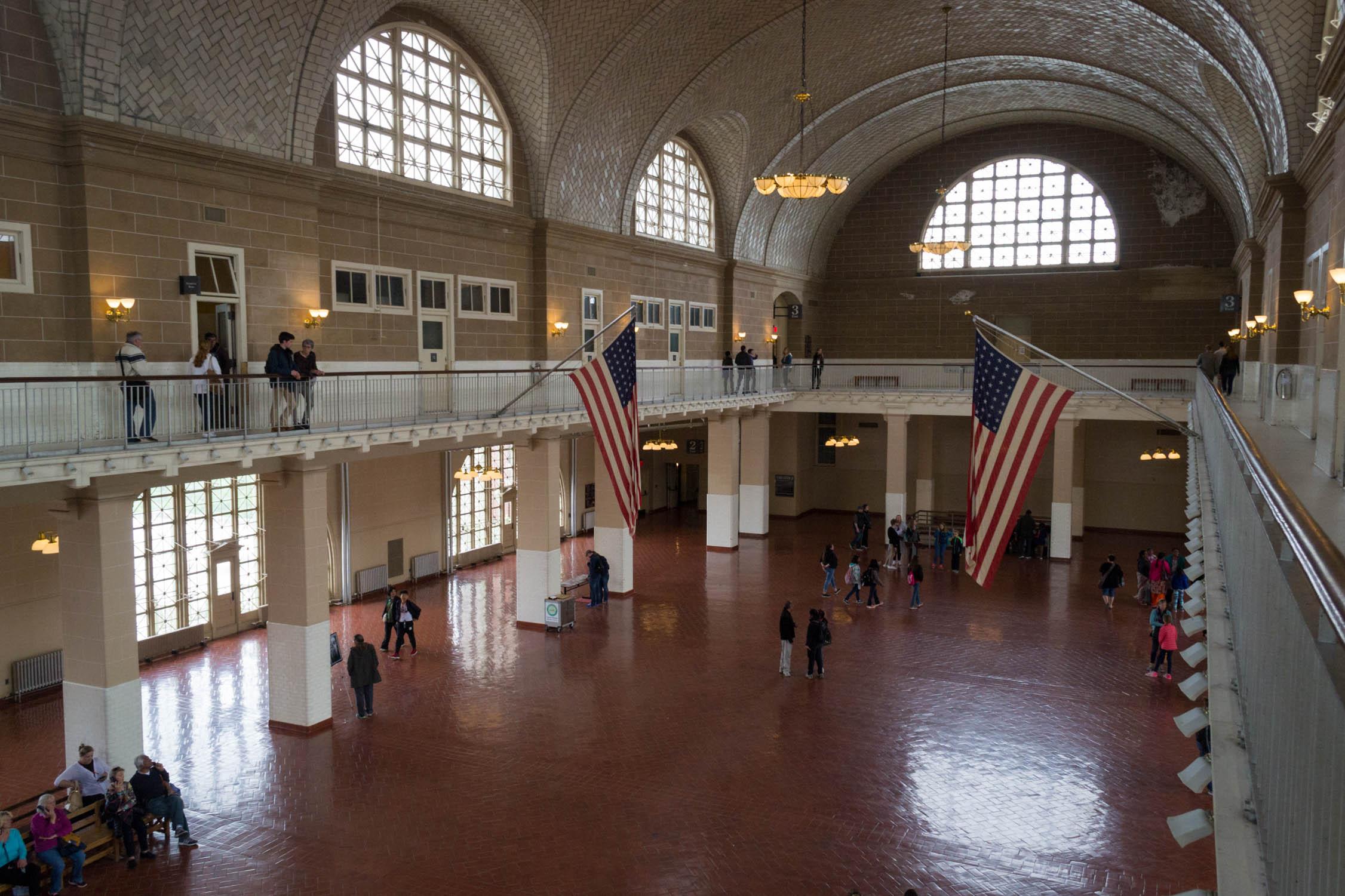 Le Grand Hall où les migrants étaient accueillis