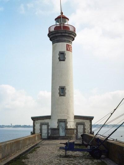 Le phare Le Vieux Mole (toujours à Saint Nazaire)