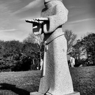 SAINT TUDEC Sculpteur : Xavier Tanguy chantier 2014