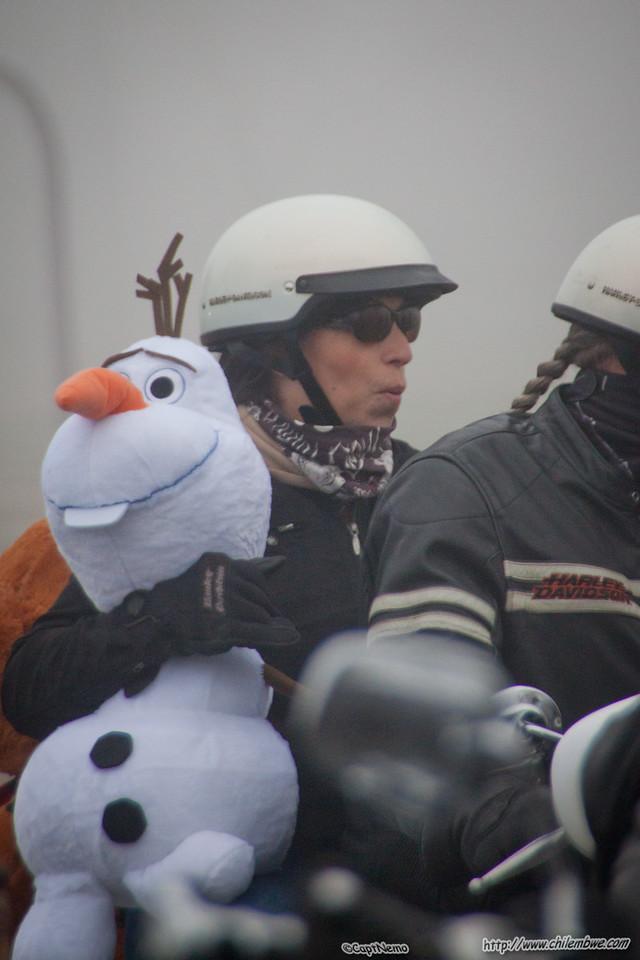 Snowman in Bakersfield?