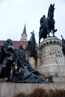 Hungarian Leader Matthias Corvinus' Statue, Winter