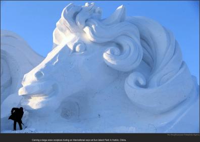 nytl_snow_sculpture_horse
