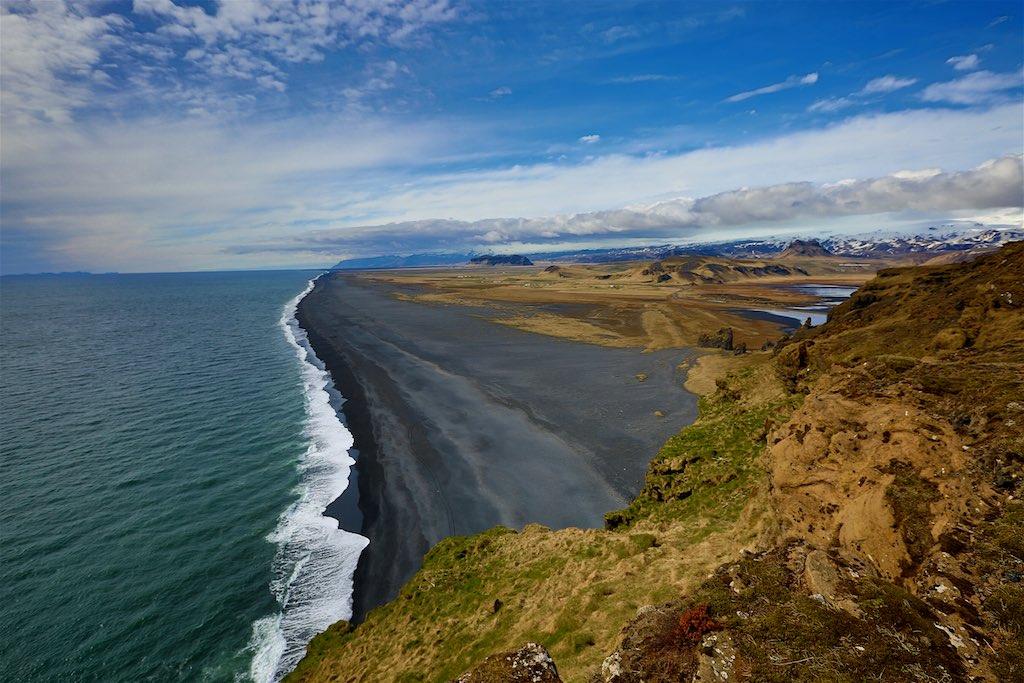 Iceland's Dyrhólaey lighthouse 6