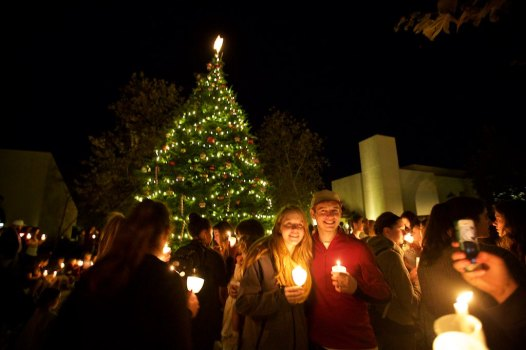 Tree lighting at Pepperdine 11