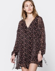 robe-pull-and-bear