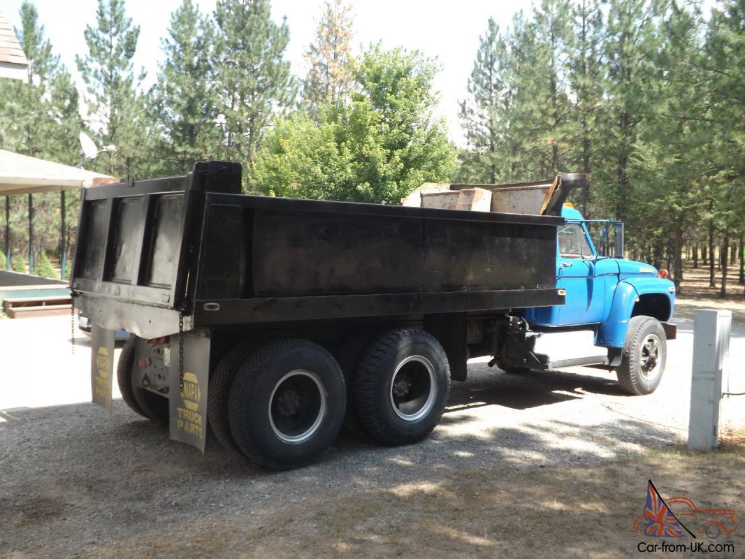 1970 Ford F700 Dump Truck