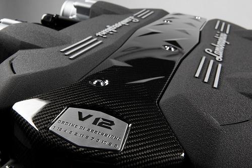 V8・V10・V12気筒数が違うと音が変わるのなんで?メリット・デメリットは?